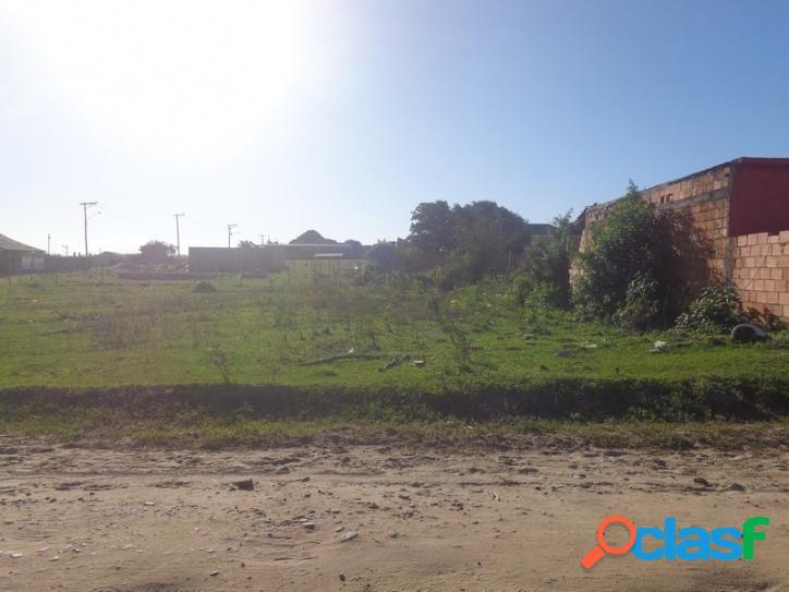 Lote de Terreno plano 660 m2 em Loteamento Iguaba Grande