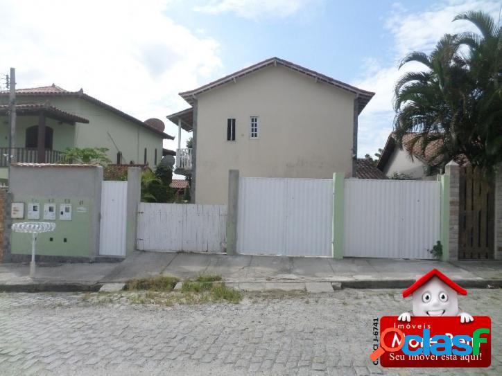 Casa duplex 2 quartos em são pedro da aldeia/rj