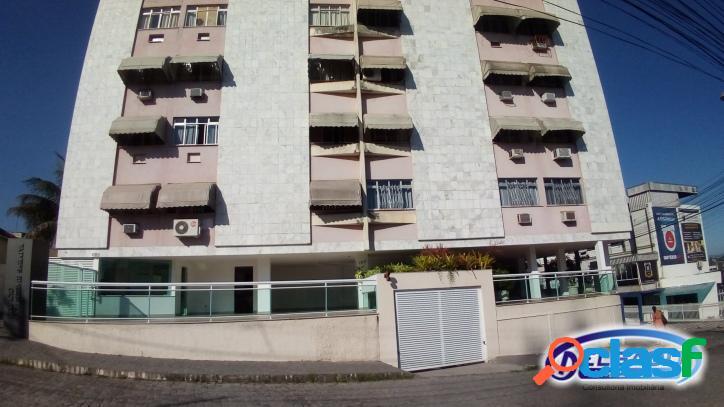Apartamento com 2 quartos em condomínio fechado no Centro