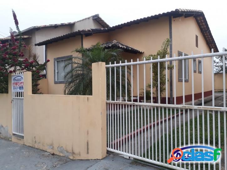 Casa com 2 quartos em condomínio fechado bella vista