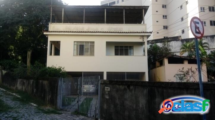 Casa 3 quartos no centro - itaboraí