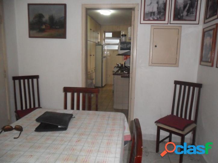 Apartamento 03 dormitórios com dependência!