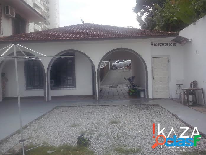 Casa 600 m² - 06 dorm./01 suíte - barreiros