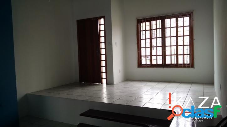 Casa 02 dorms./01 suíte - 02 vgs - barreiros