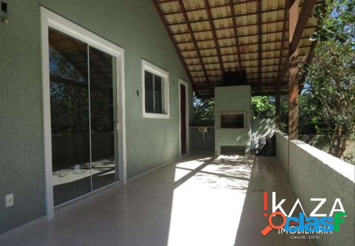 Vende casa em condomínio fechado no campeche/florianópolis
