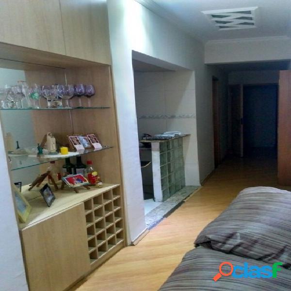 Apartamento na aclimação com 3 dormitórios com 1 suíte !