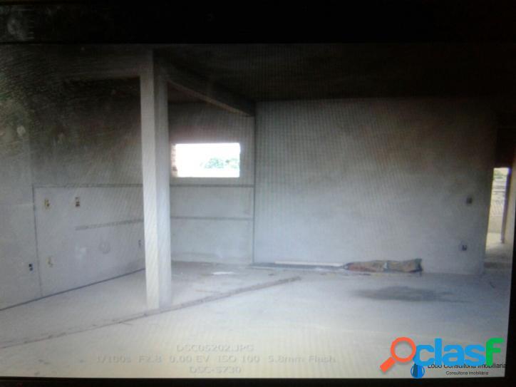 Casa inacabada com 4 quartos 2