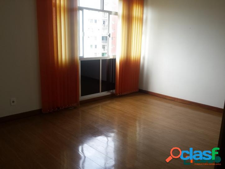 Apartamento com 90 m², excelente localização