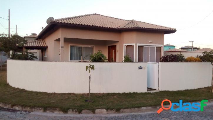 Espetacular casa linear dentro de condomínio!!!