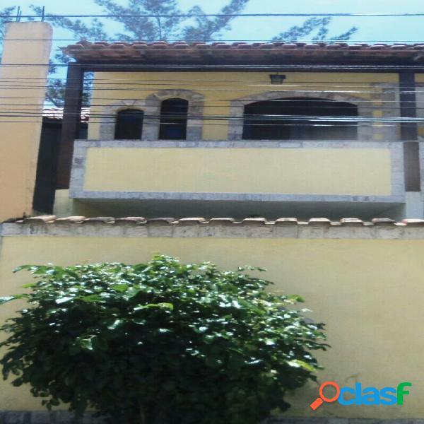 Excelente casa duplex com fino acabamento!!!!