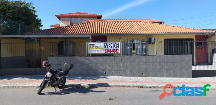 Casa bairro ipiranga -são josé