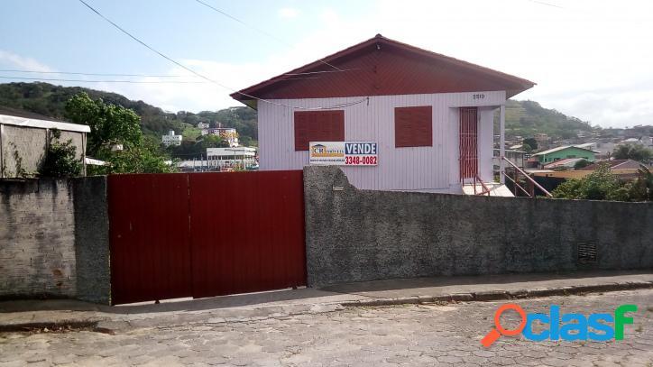 Casa no bairro ipiranga, 3 dormitórios.