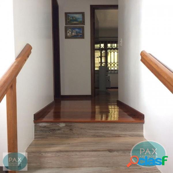 Casa com 4 quartos na Ponta de Baixo, São José SC. 1