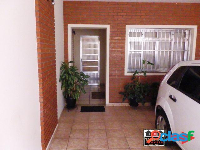 Casa 3 dormitórios 2 suítes