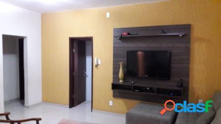 Casa 03 quartos bairro santa efigênia