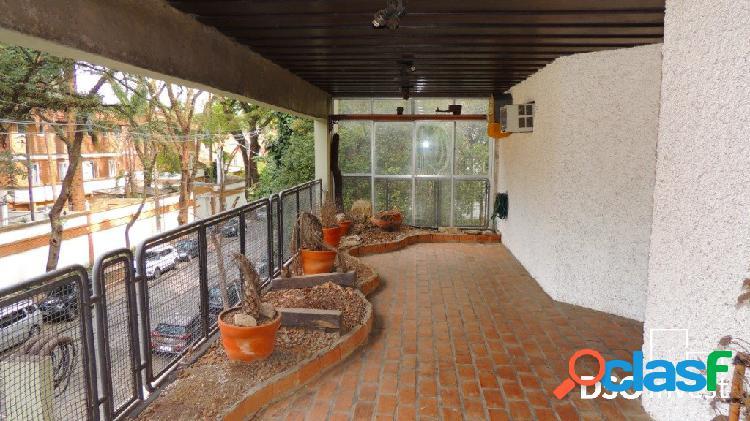 Triplex 320 m² alto da boa vista m² a r$ 3750,00