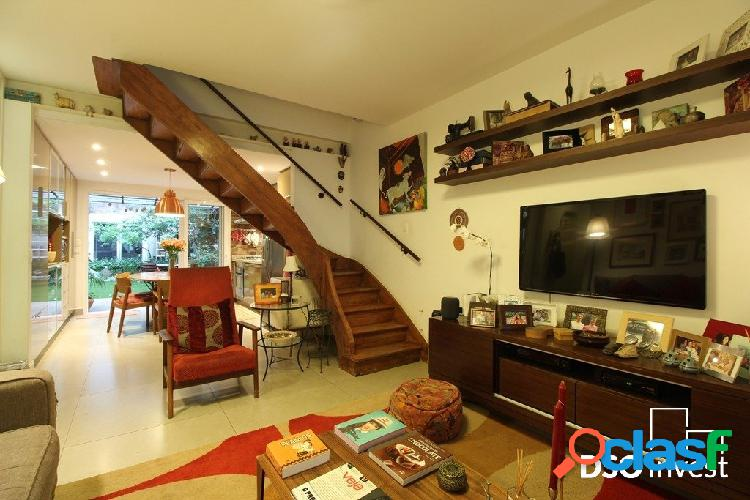 Casa de Vila com 4 Dorms e Jardim no Itaim Bibi