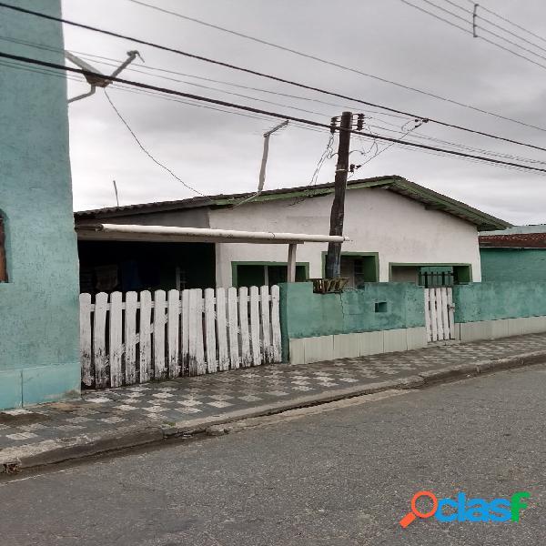 Casa com salão - mongaguá mendes casas de praia
