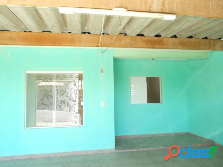 Casa com 2 dormitórios sendo 1 suíte, na villa amato