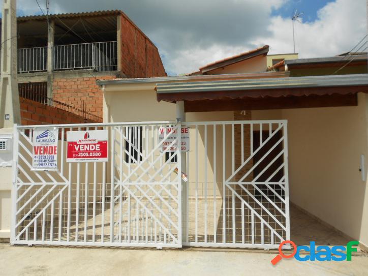 Casa com 2 dorm/suíte, sala, cozinha, garagem na villa amato