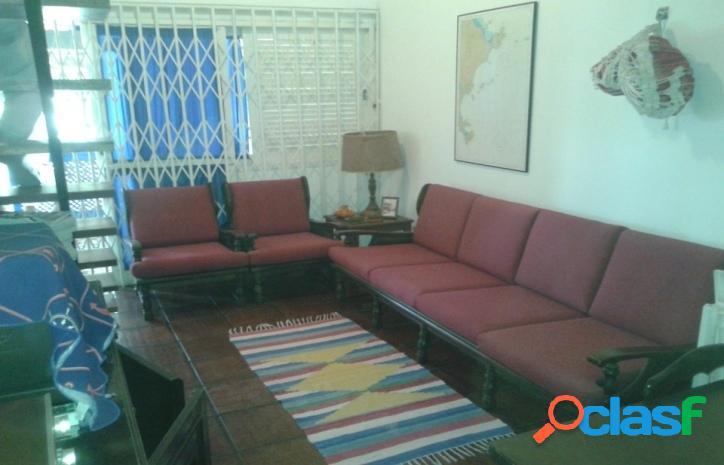 Casa em condomínio quarto e sala no portinho - cabo frio