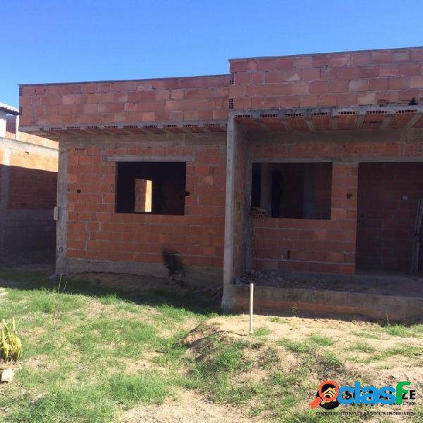 Casa a venda em fase de acabamento 2 quartos no guriri cabo