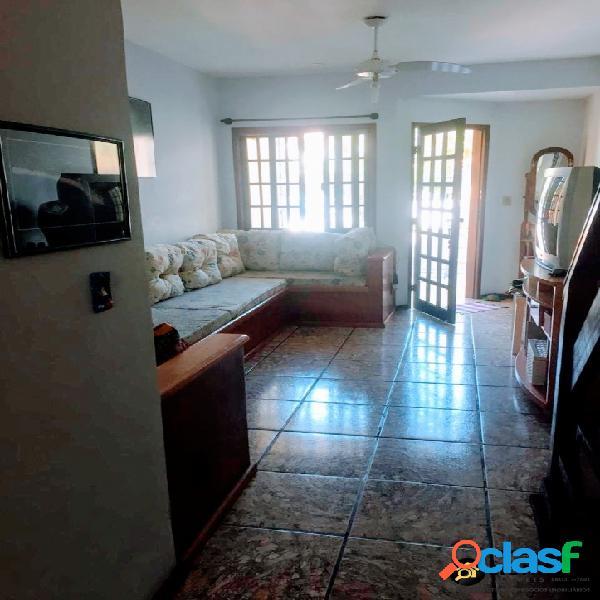 Excelente casa duplex em condomínio - 02 quartos portinho