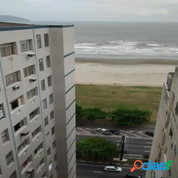 Vende sala living,frente mar,1 vaga, itararé, sv