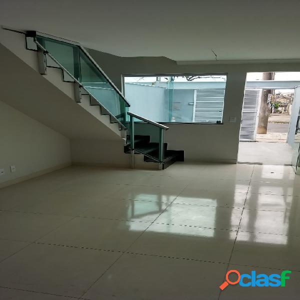 Casa geminada duplex 2 quartos - jardim leblon