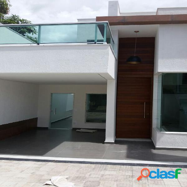 Casa nova de luxo no bairro santa mônica!!!