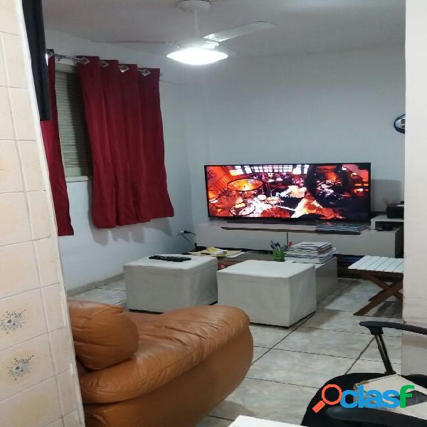 Sala living com vaga, 30m² próximo a praia em santos