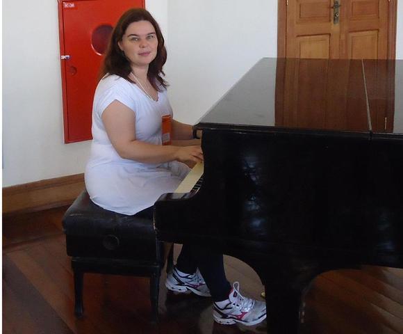 Aula de música: piano, teclado e órgão