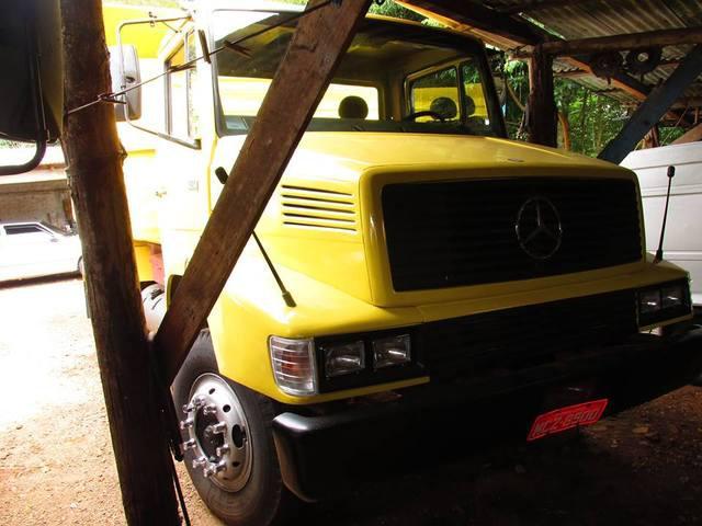 Caminhão mercedes benz mb 1214 caçamba basculante