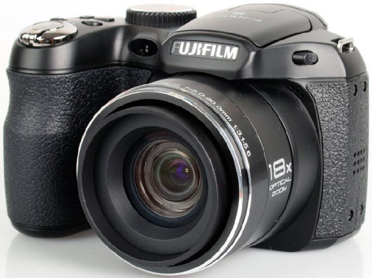 Câmera digital fujifilm finepix s2800 hd preta 14mp, lcd