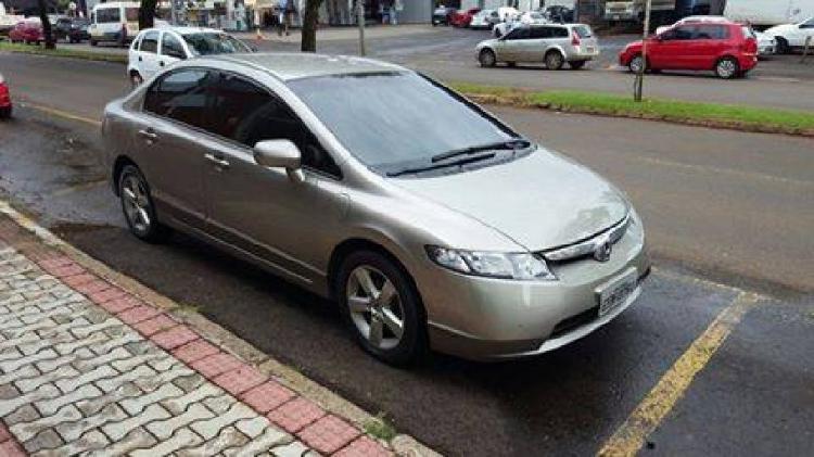 Honda civic lxs manual apenas r$ 35.900