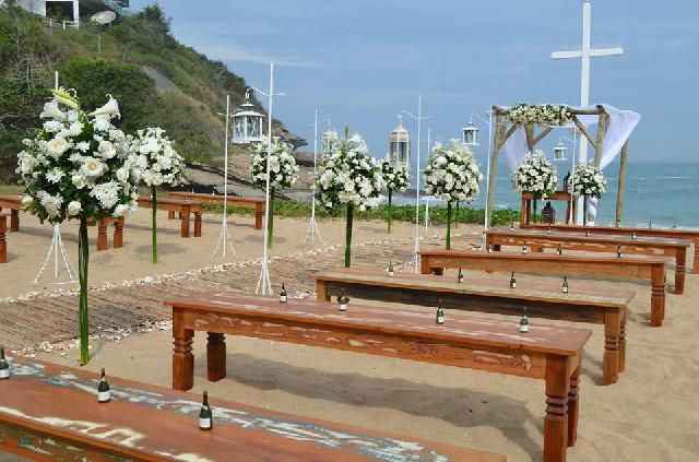 Locação de móveis para casamentos região dos lagos