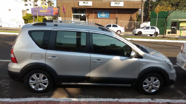 Nissan livina xgear 2014 prata! carro lindo!!!