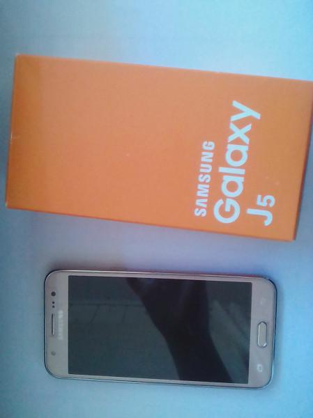 Samsung galaxy j5 com defeito