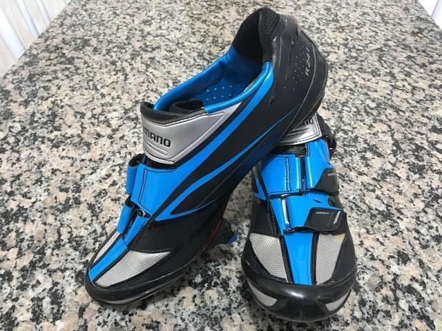 Sapatilha Shimano R241B Carbon