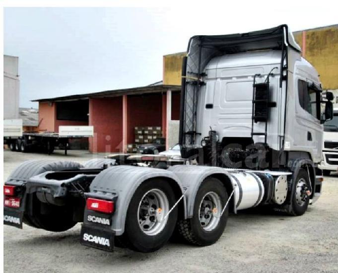 Scania r 440 6x2 streamline teto alto ano e modelo 15