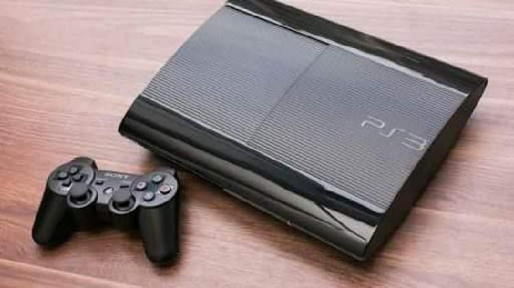 Vendo play 3 - 550,00 (negociável)