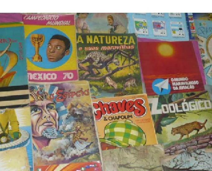 Vendo 53 álbuns antigos r$3.000. compro, vendo e coleciono