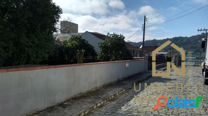 Terreno à venda no bairro bela vista em gaspar, santa catarina.