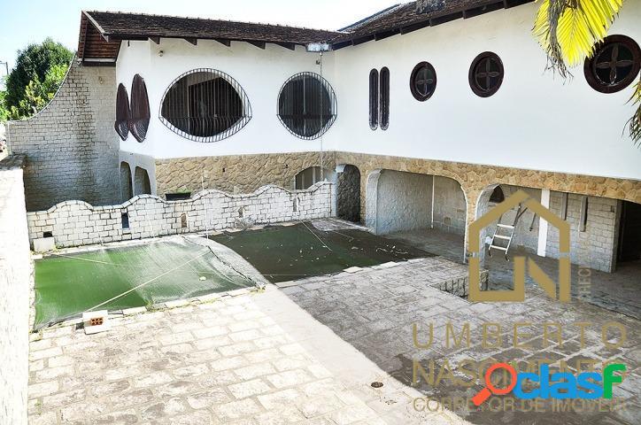 Casa com 3 quartos p/ locação no bairro centro em blumenau, santa catarina