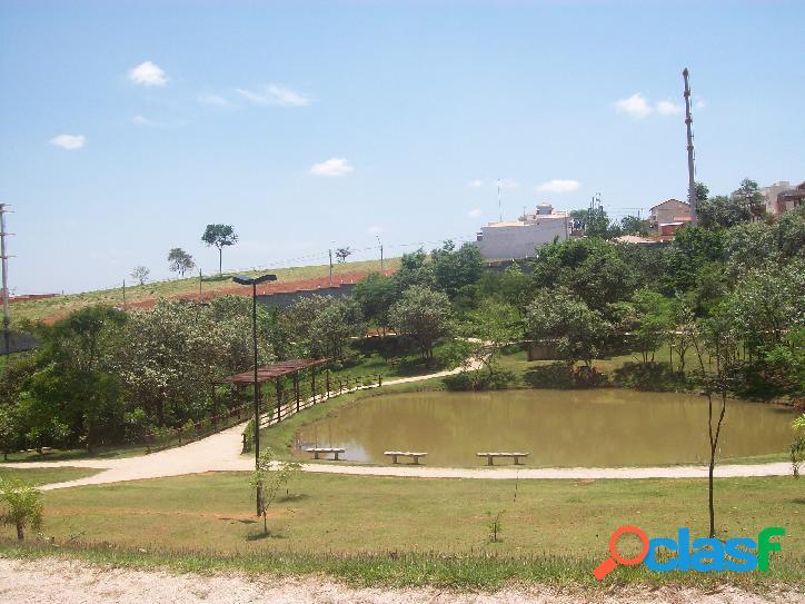 Linda Casa Condomínio Golden Park 1