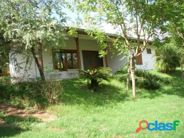 Casa térrea - terreno com 40.000m² - condominio capoeira grande