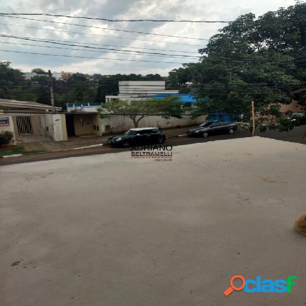 Casa reformada - rua tranquila e próxima ao centro de sousas