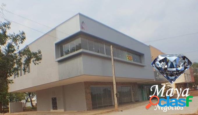 Prédio comercial com 7 salas, 355 m² na 603 sul