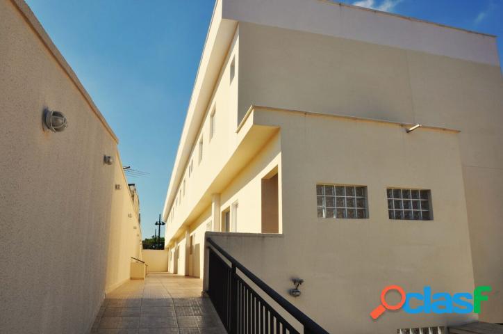 Casa com 3 quartos à venda na V.Carrão, 94 m² por R$466.000,00