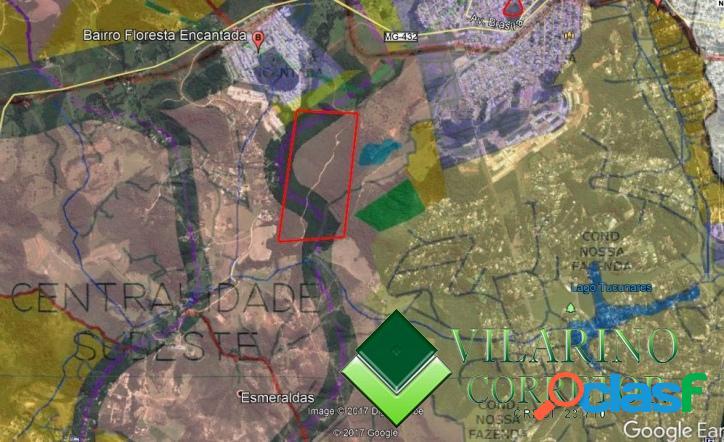 Área para incorporação em esmeraldas